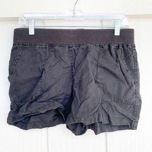 ALLEN ALLEN Black Casual Shorts M